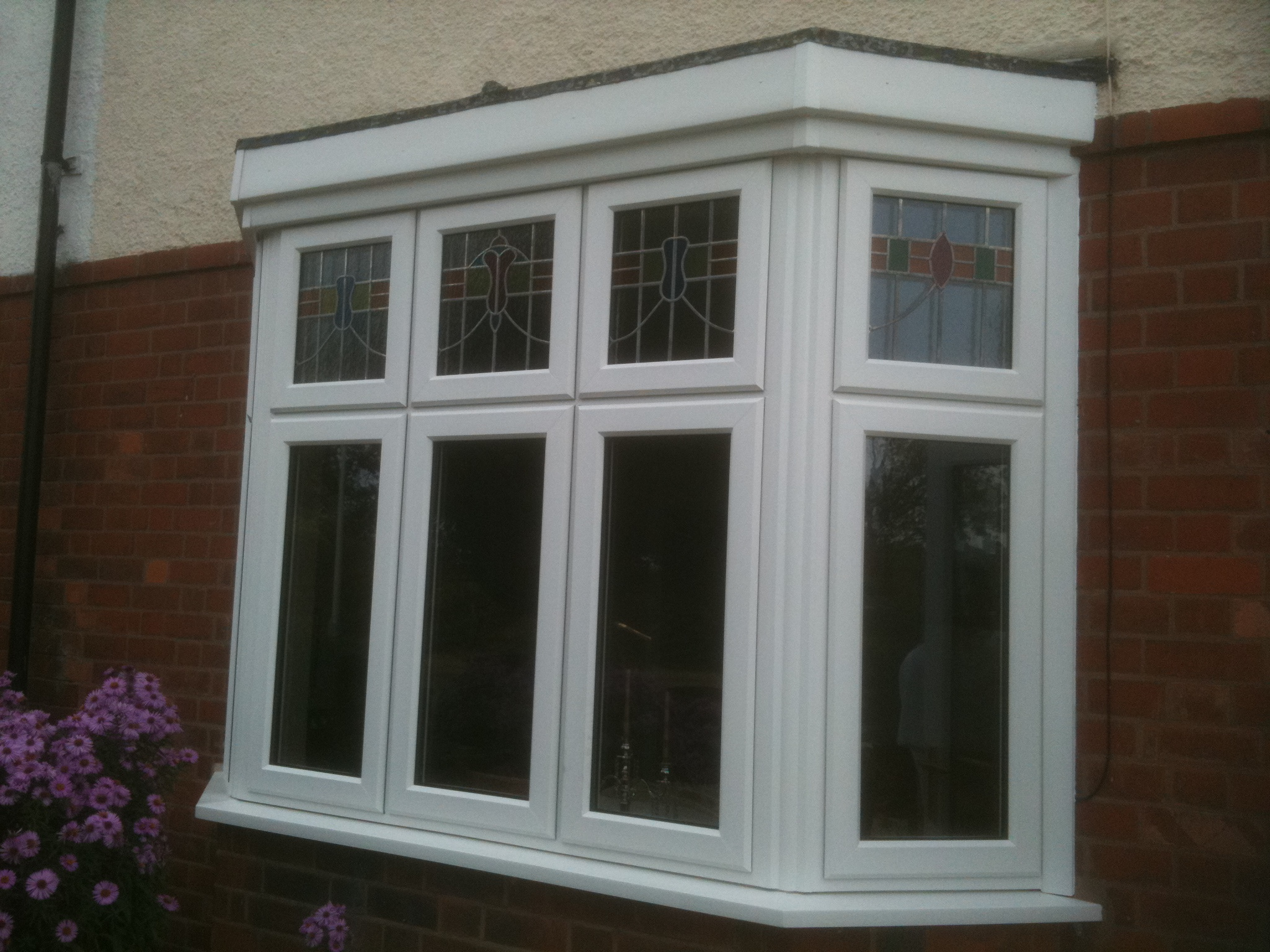 Square bay window
